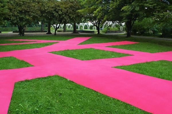 Installation Art, mapping the city, 2010, fitted carpet, 2100 x 1400 cm, Vorgebirgspark Skulptur Köln 2010