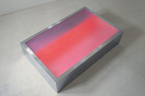 Rita Rohlfing, Installation Art, ANSCHEINEND, Sculpture 2004, mixed media, 66 x 300 x 191 cm