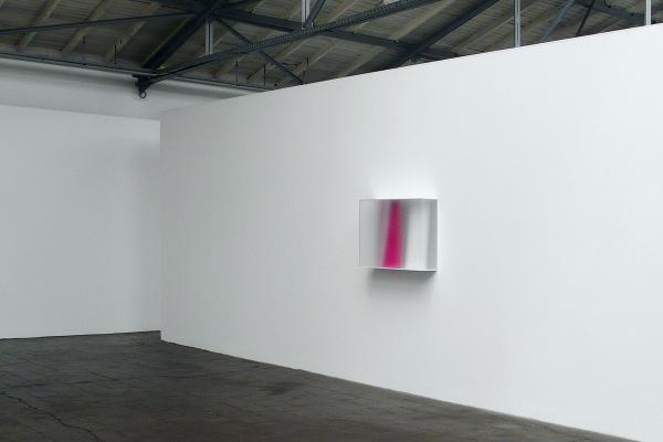 Rita Rohlfing, Color Space Object, purple, 2013, Acrylglas, Acrylfarbe, 65 x 80 x 22 cm, exhibition view, Austragungsort II, VfaKR Oberhausen, 2013